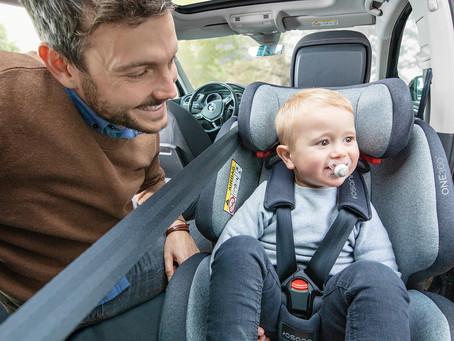 Perché consigliamo di far viaggiare in auto il Bambino in senso inverso di marcia