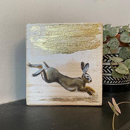 Hare bijou block