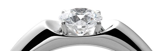 ジュエリーに愛と情熱を込めた特許取得の最高のダイヤモンドの輝き