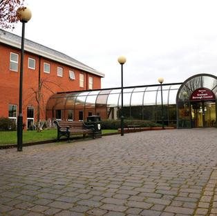 Long Eaton Town Hall.jpg