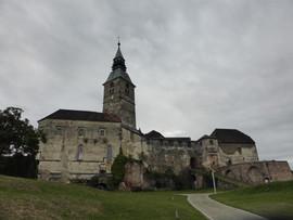Burg Güssing, Stammsitz der Batthyánys, Hochburg, Porphyrkegel, Vulkangestein, Burganlage, Burgenland, Österreich
