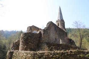 """Burgkirche Gossam, Ruhestätte der """"unfröhlichen Kinder"""""""