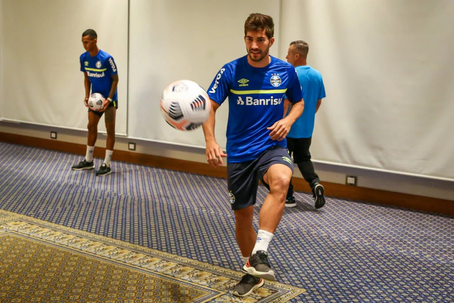 Grêmio desembarca no Equador e realiza treino físico na concentração!