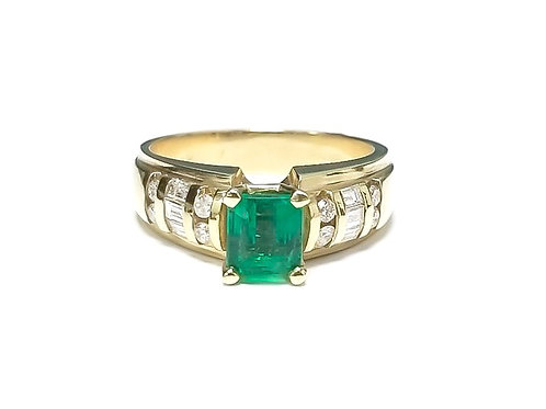 Emerald Emeraldcut Ring 0.85 cts