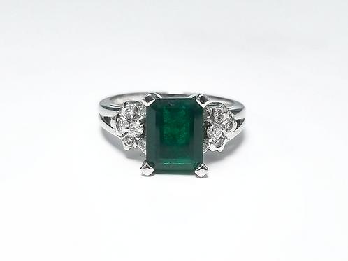 Emerald Emeraldcut Ring 2.20 cts