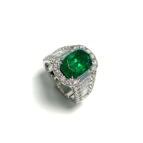 Emerald Oval Ring 3.66 cts