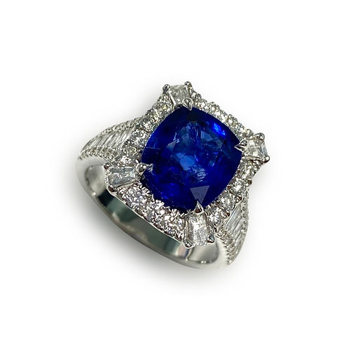 Ceylon Sapphire Cushion 3.85 cts