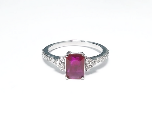 Ruby Emeraldcut Ring 1.20 cts