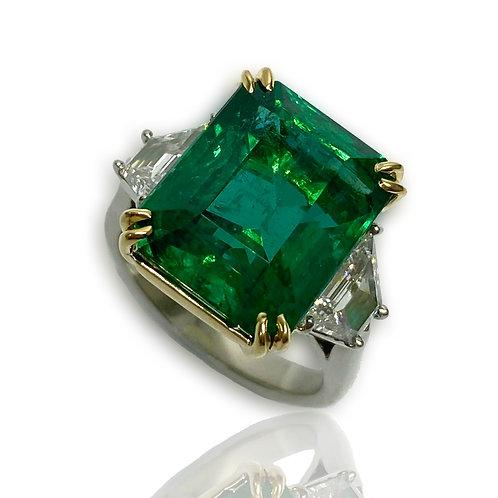 Emerald Emeraldcut Ring 11.99 Cts