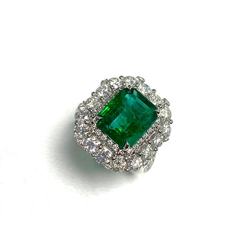 Emerald Emeraldcut Ring 4.30 cts