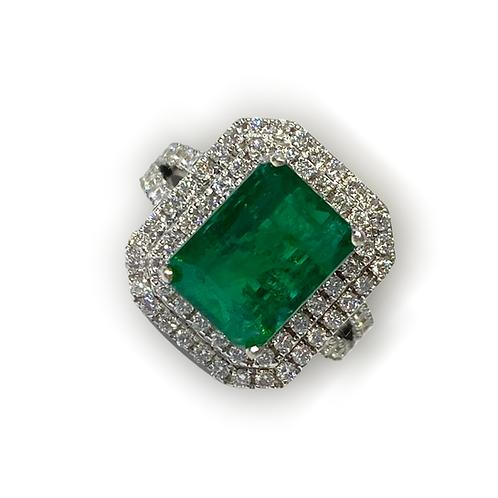 Emerald Emeraldcut Ring 5.18 cts