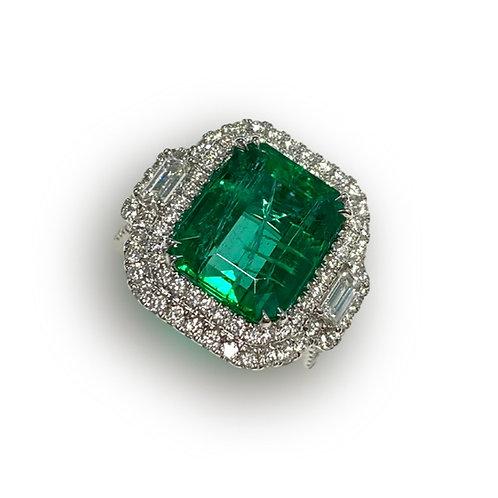 Emerald Emeraldcut Ring 6.13 cts