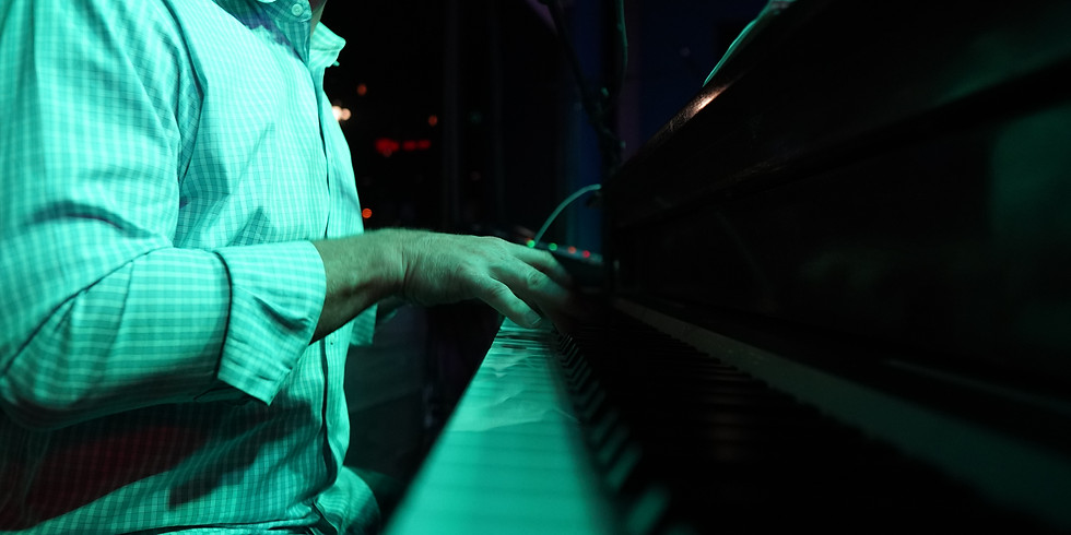 LIVE PIANO SHOW