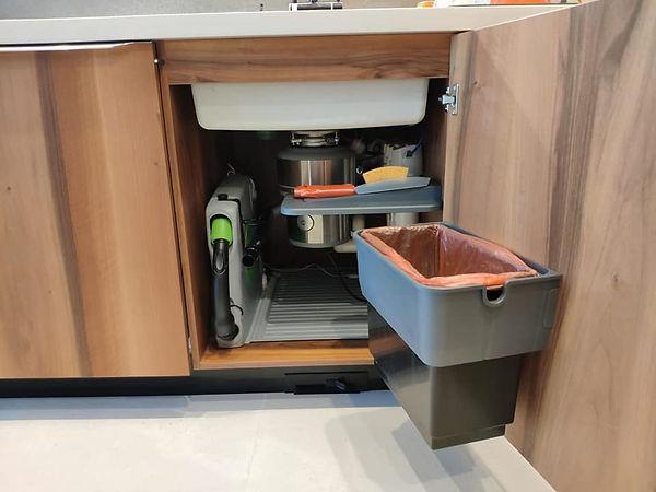 Vroom kitchen с измельчителем.jpg