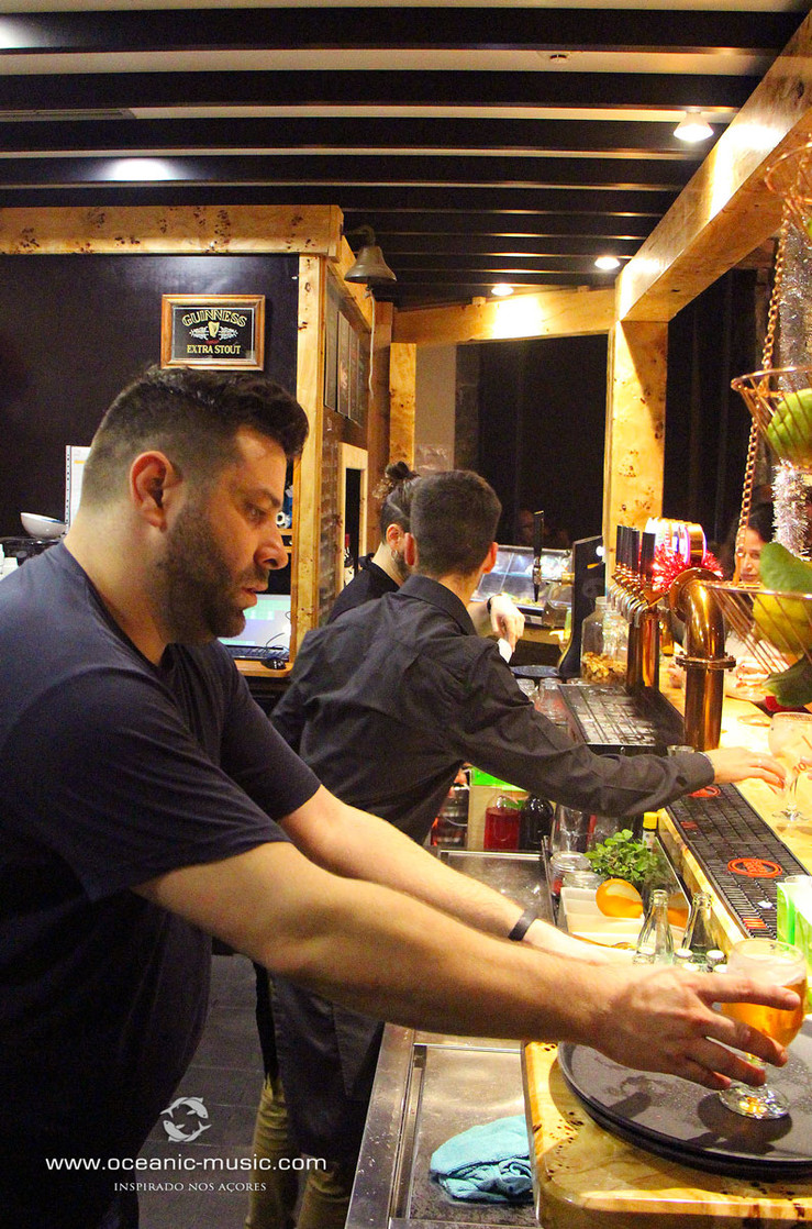 OCEANIC HORTA CAFE BAR