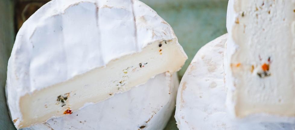 Camembert von Kuh&Ziege