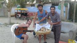 Vendiendo pan relleno