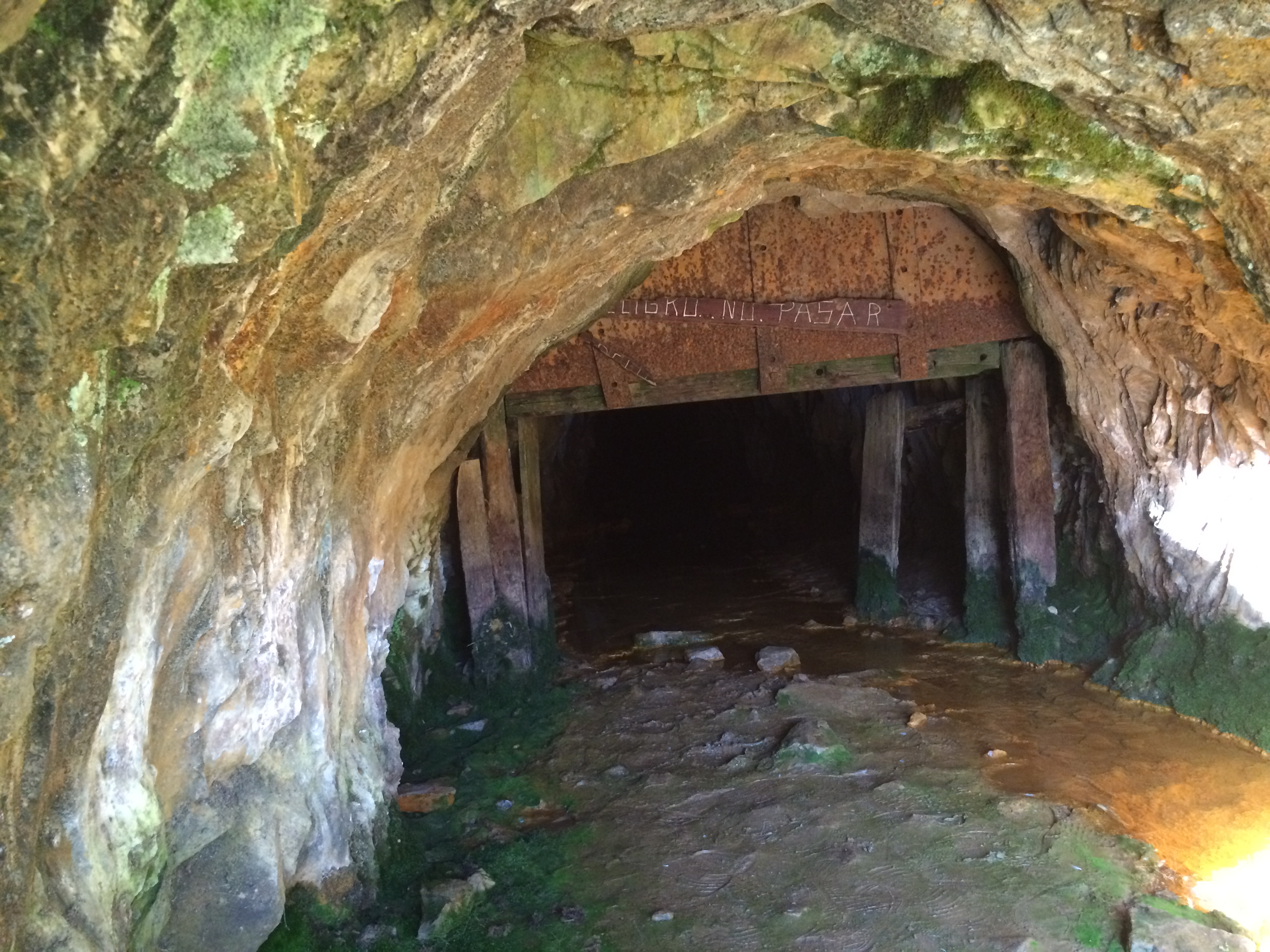 Antigua mina de oro