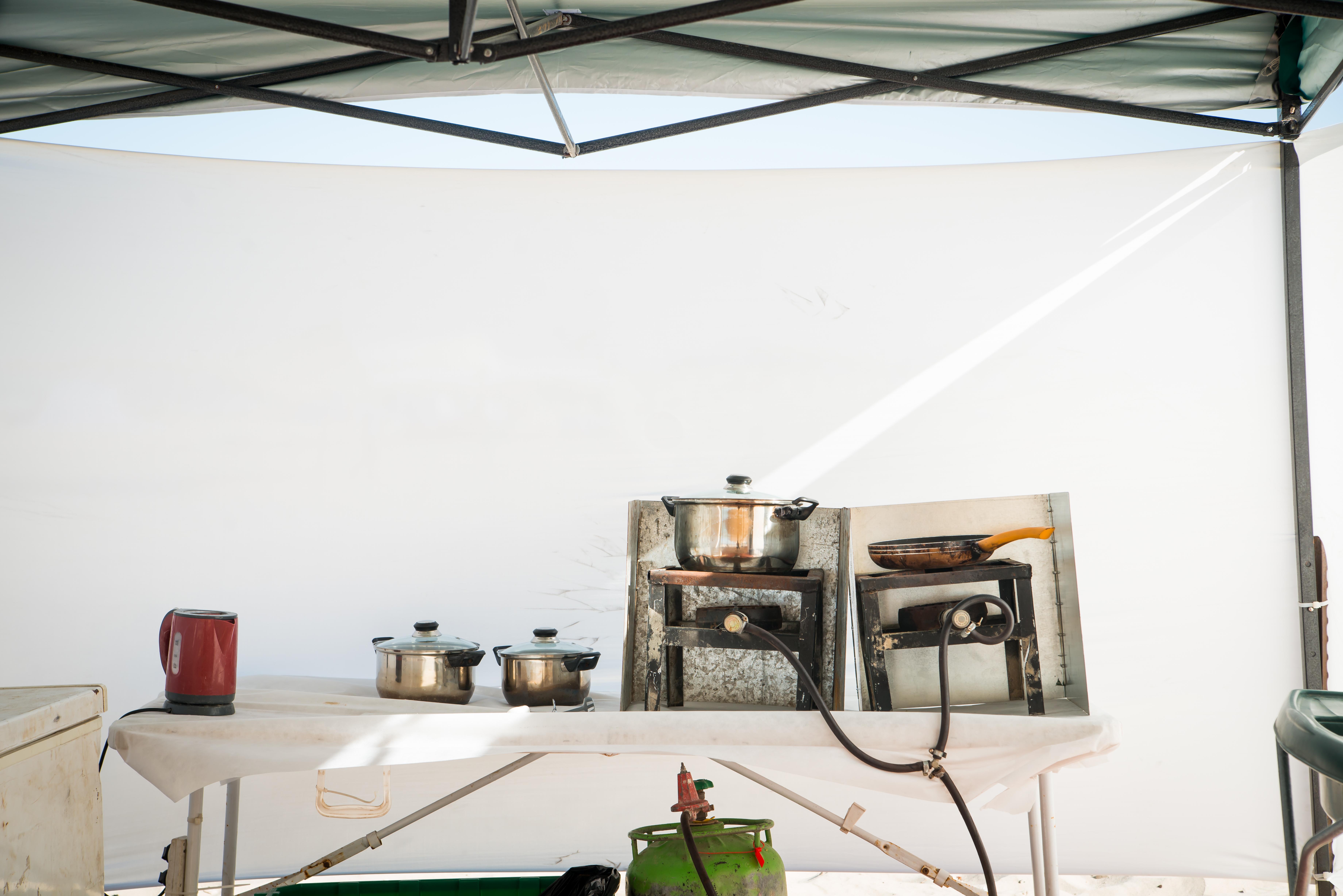 מטבח בשטח בחוף