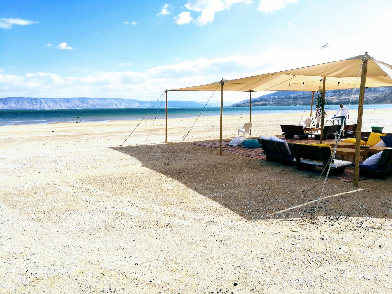 החוף הנסתר בכנרת
