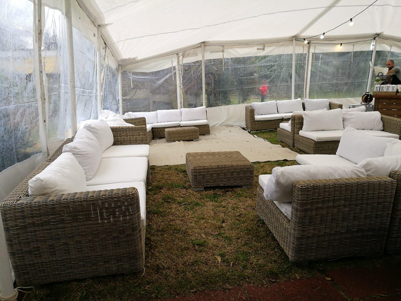 ישיבה נמוכה אוהל חורף