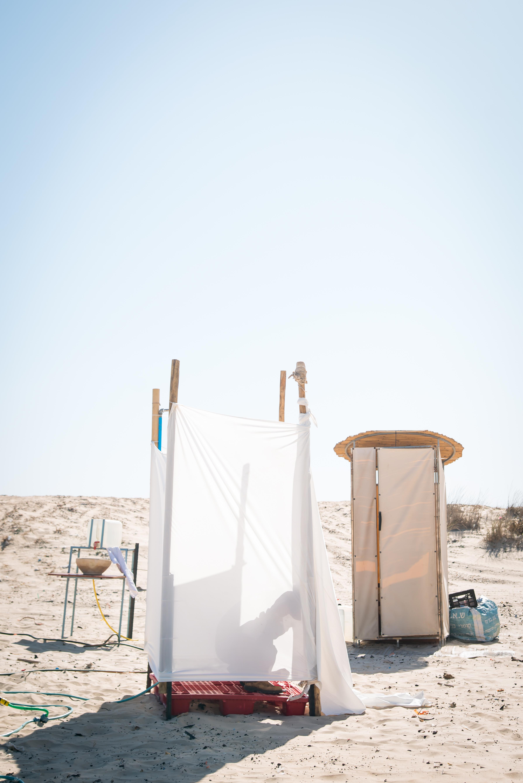 מקלחת שדה+שירותי שדה אקולוגים