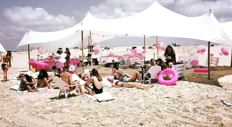 מסיבת רווקות על חוף הים