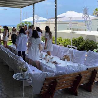 מסיבת רווקות בלבן