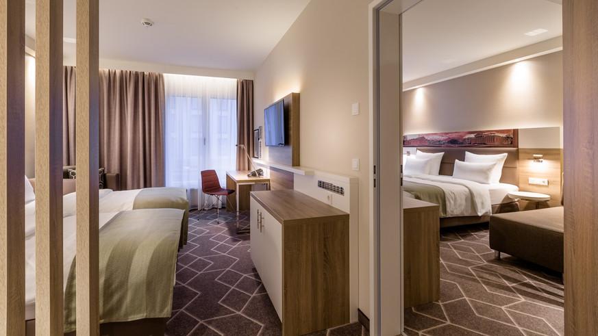Hotel 007.jpg