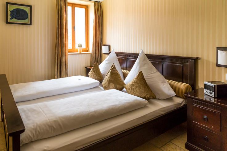 Hotel 006.jpg