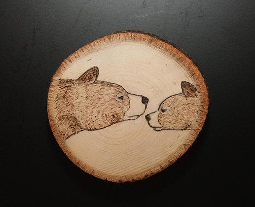"""Rustic 3"""" Mama Bear + Cub Magnet"""