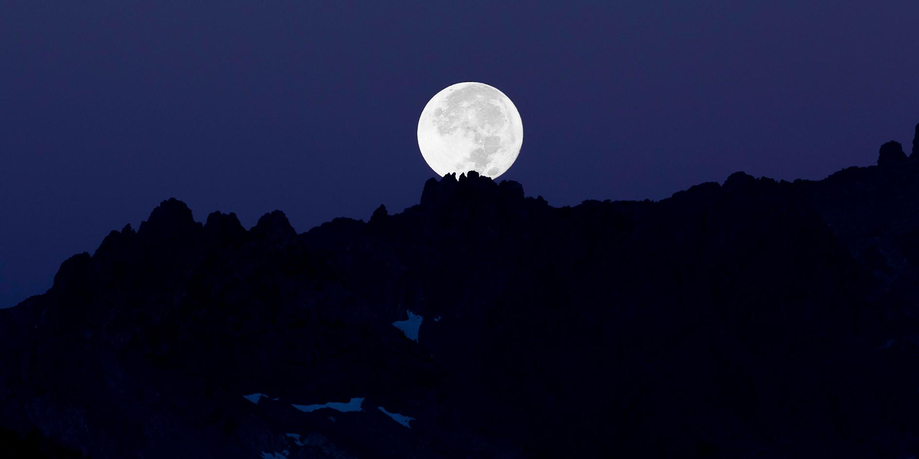 Bob Kent - Harvest Moon Over the Minaret