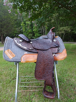 Arabian Equitation Show Saddle by Circle Y