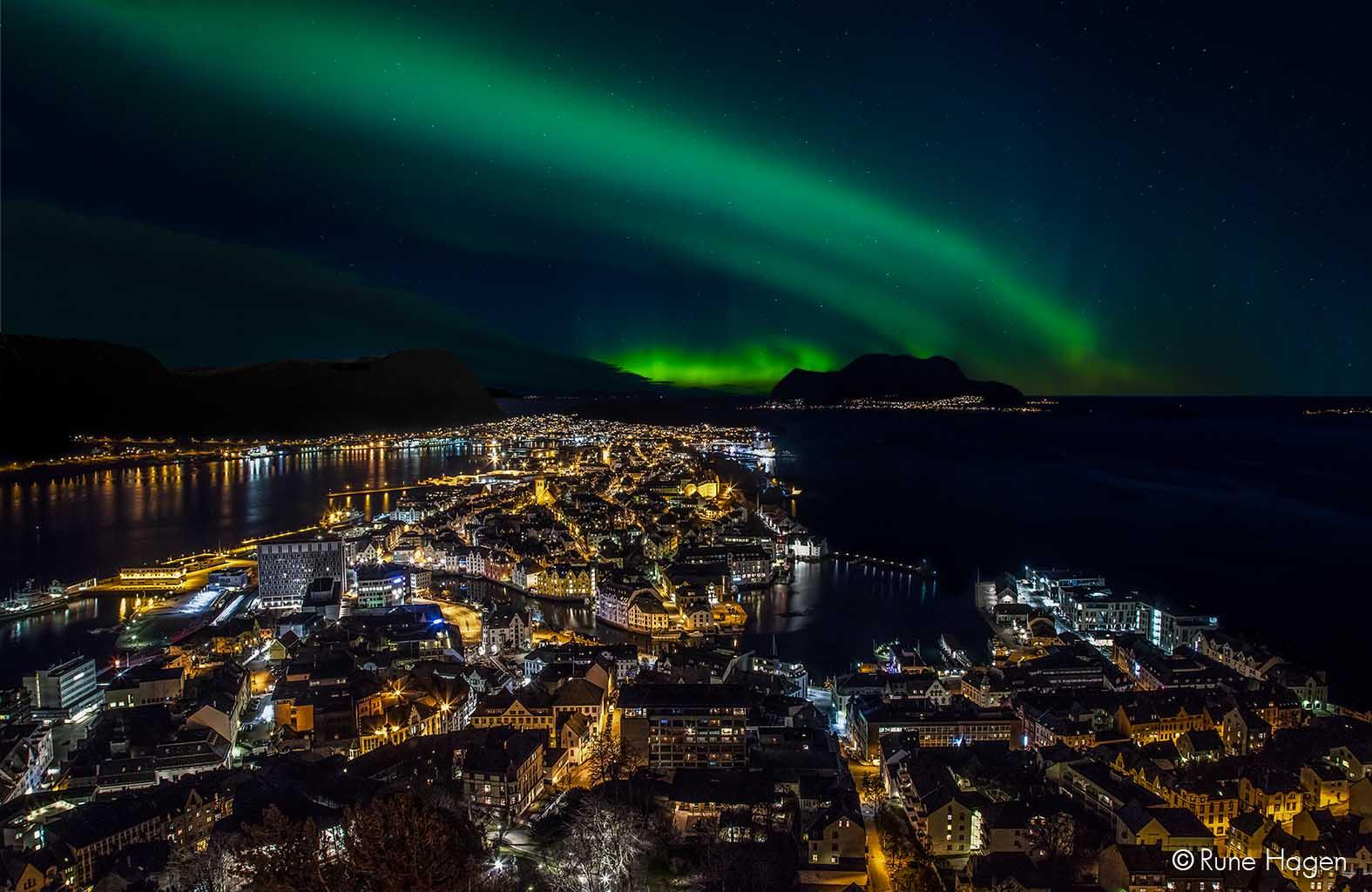 Nordlys_Ålesund