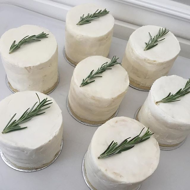 Mini naked cakes for the bridal party at a Mediterranean farm themed wedding today