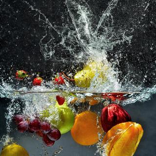 Des aliments lavés à l'eau saine