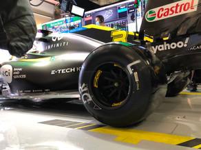 Prejudicado pelas bandeiras vermelhas, Ricciardo fecha a sexta em Portimão na 13ª posição