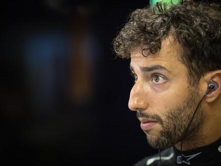 Parado no Q2: Daniel Ricciardo tem dia ruim nos treinos classificatórios e larga em 13º em Barcelona
