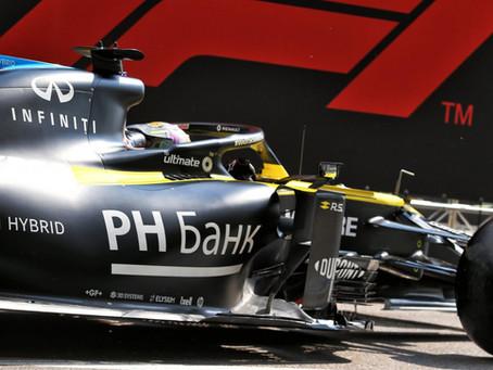 """GP da Rússia: Ricciardo """"ignora"""" penalização de 5s e fecha domingo em Sochi na quinta colocação"""