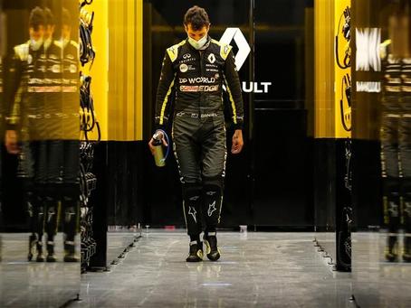 GP de Sahkir: O que deu errado na estratégia de Daniel Ricciardo