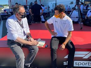 """Ricciardo: """"Ainda vou ficar muito tempo aqui"""""""