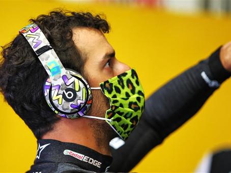 """Daniel Ricciardo lamenta resultado obtido no circuito de Mugello: """"Dói não estar no pódio"""""""
