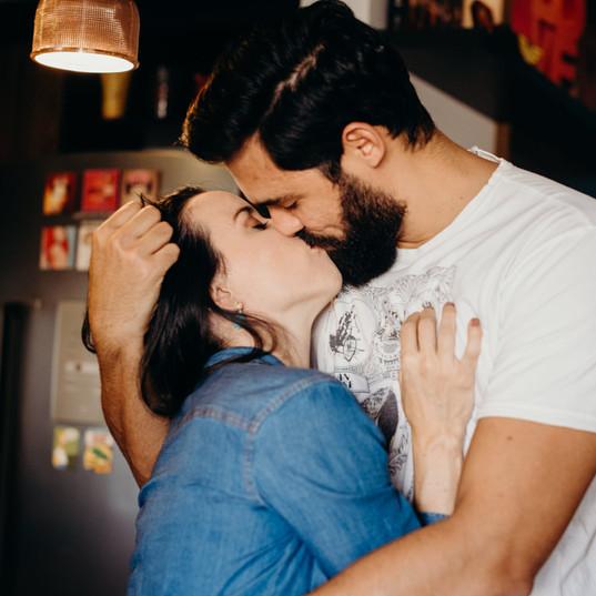 Ensaio-gravida-em-casa-casal-ribeirao-pr
