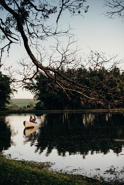 Ensaio-Pre-Wedding-Lago-Fazenda-Quilombo