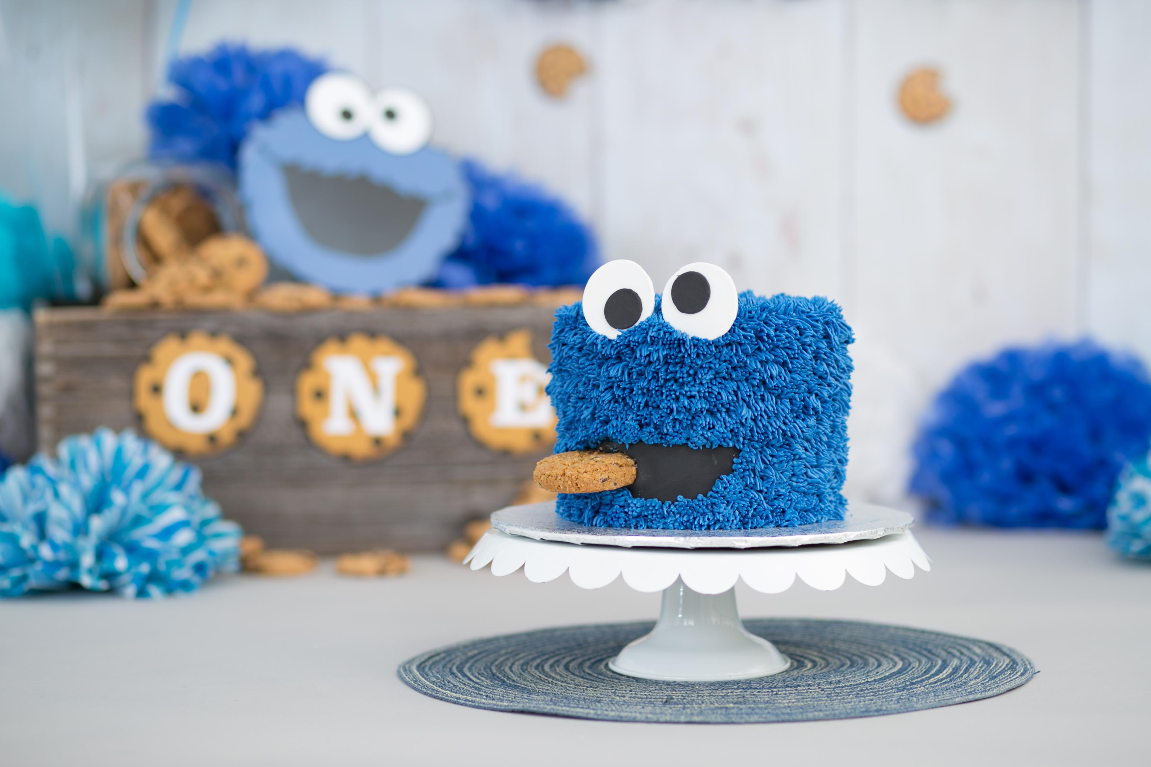 Daniel's Cake Smash-29