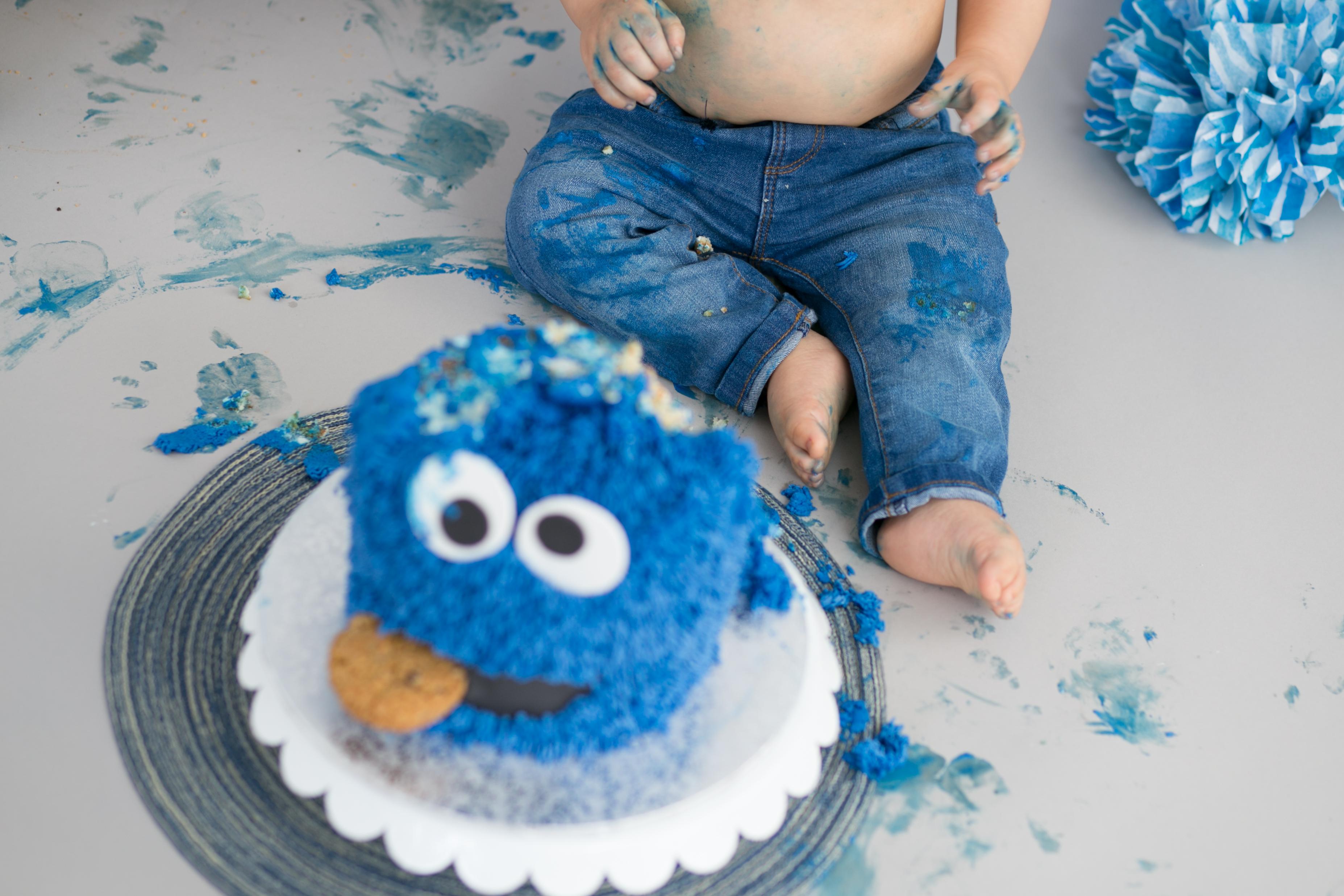 Daniel's Cake Smash-40
