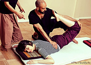Thai yoga massage international school berlin