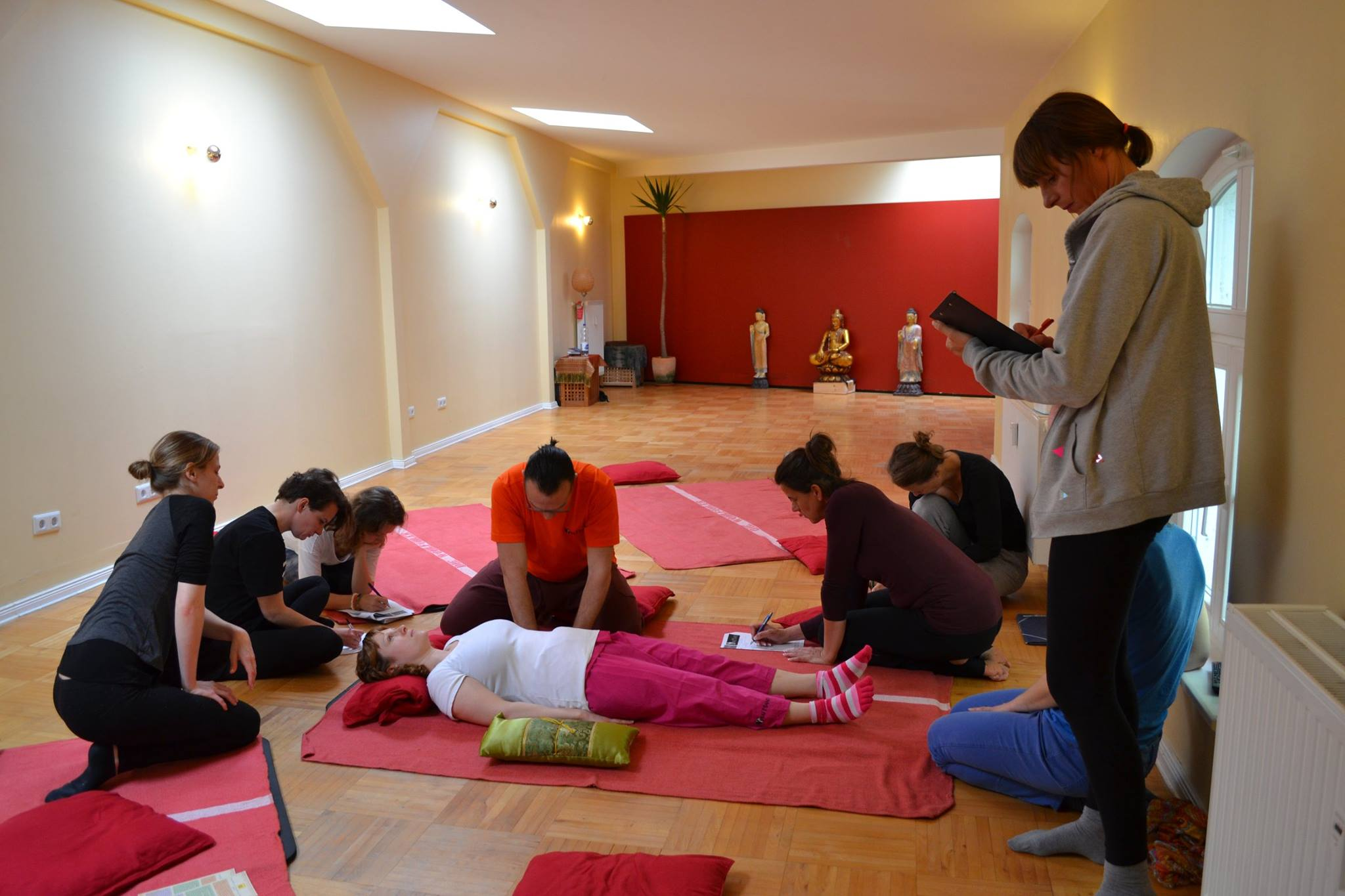 Thai yoga massage workshop berlin_05.jpg