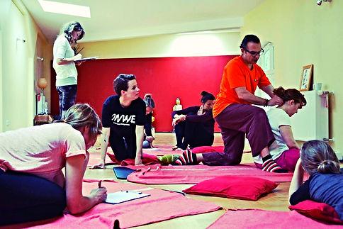 workshop Thai yoga massage international school berlin