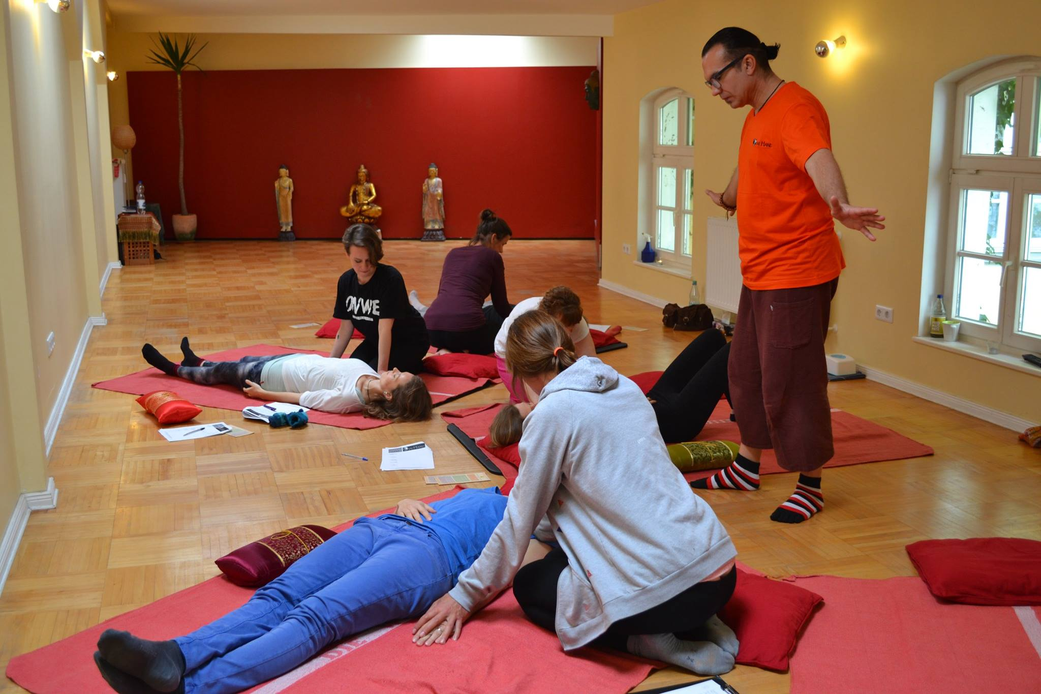 Thai yoga massage workshop berlin_07.jpg